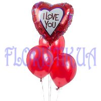 Foil heart with latex balloons